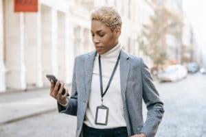 10 Advantages of Employee Identification Badges